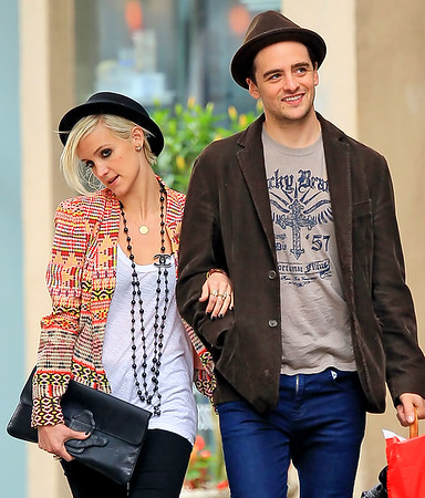 Non-Exclusive<br /> 2012 May 24 - Ashlee Simpson and Vincent Piazza take a romantic stroll in NYC despite the inclement weather. Photo Credit Jackson Lee