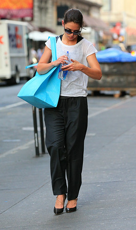 Non-Exclusive<br /> 2012 Oct 5 - Katie Holmes wears heels after going to Soul Cycle in NYC. Photo Credit Jackson Lee