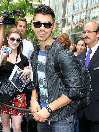 Non-Exclusive <br /> 2011 July 7 - Joe Jonas departs his hotel in NYC. Photo Credit Jackson Lee