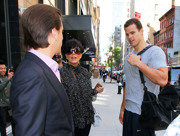 NON EXCLUSIVE<br /> 2011 Oct 5 - Kris Jenner chats with Kris Humphries and Scott Disick in NYC   Photo Credit Jackson Lee