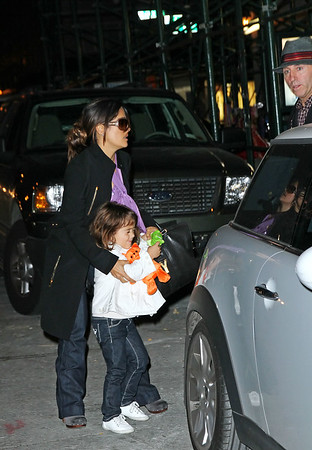 Non-Exclusive<br /> 2011 Oct 27 - Francois-Henri Pinault and Salma Hayek take Valentina Pinault to Jekyll and Hyde for dinner in NYC. Photo Credit Jackson