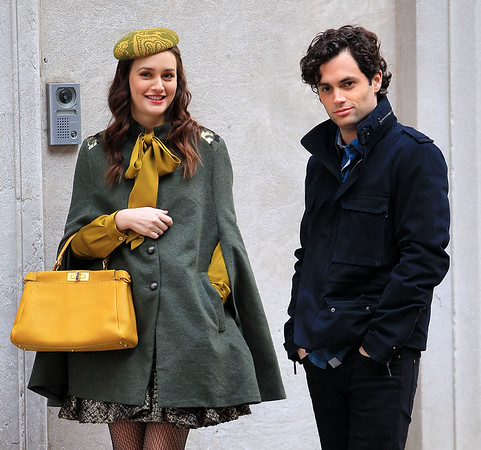 Non-Exclusive<br /> 2011 Oct 31 - Leighton Meester and Penn Badgley on location for 'Gossip Girl' in NYC. Photo Credit Jackson Lee