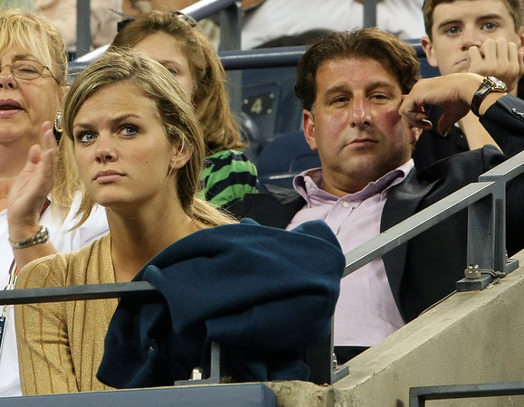 29 August 2008 - New York, NY - Brooklyn Decker and William Baldwin watches Andy Roddick play against Ernests Gulbis in the 2008 US Open.   Photo Credit FZS/SIPA