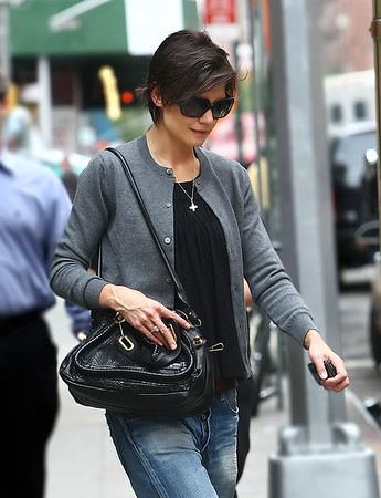 3 October 2008 - Katie Holmes goes to theatre for 'All My Sons'.   Photo Credit Jackson Lee