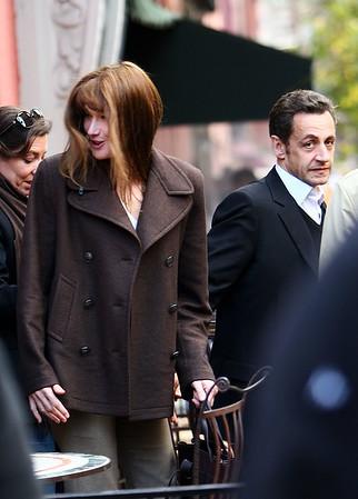 17 November 2008 - Carla Bruni and Nicolas Sarkozy have lunch at Sant Ambroeus.   Photo Credit FZS/SIPA