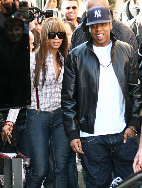 5 April 2009 - Jay-Z and Beyonce walk outside the Rocawear mobile store in the Meatpacking District in NYC.  Photo Credit Jackson Lee