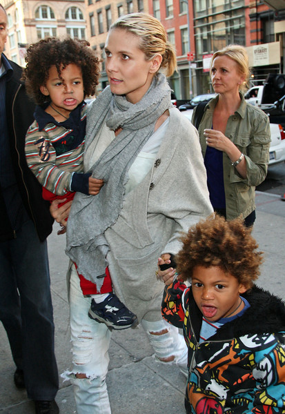 15 April 2009 - Heidi Klum takes kids Leni, Johan, and Henry to FAO Schwarz in NYC.  Photo Credit Jackson Lee