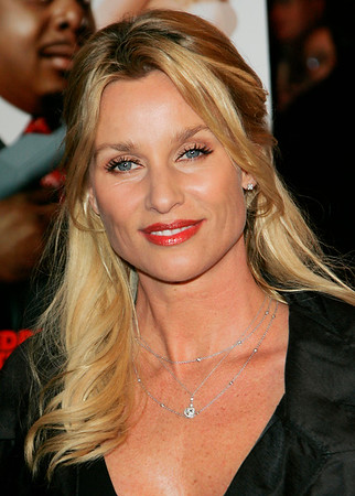 4 Jan 2006 - New York, NY - Nicolette Sheridan at the NY Premiere of 'Code Name: The Cleaner'.  Photo Credit Jackson Lee