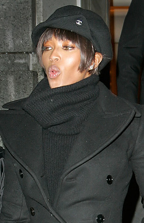 *** EXCLUSIVE ***<br /> 19 March 2006 - New York, NY - Naomi Campbell out and about town after her performing her premiere civic service sentence on the City's concrete runways during the day.  Photo Credit Jackson Lee
