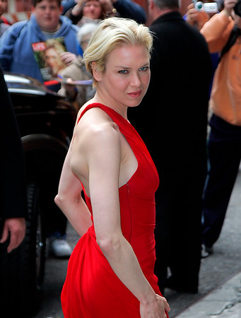 3 April 2008 - New York, NY - Renee Zelleweger arrives at the David Letterman Show in NYC.   Photo Credit Jackson Lee