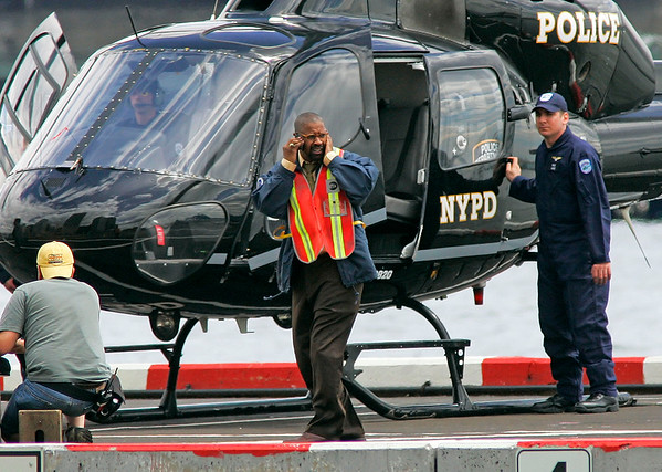 EXCLUSIVE<br /> 23 May 2008 - New York, NY - Denzel Washington films a helicopter scene for 'Pelham 123' in NYC.  Photo Credit Jackson Lee
