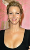 27 August 2006 - West Hollywood, Ca - Lisa Kudrow at 2006 HBO Post Emmy Party at the Pacific Design Center.  Photo Credit Jackson Lee<br /> <br /> NO US SALES