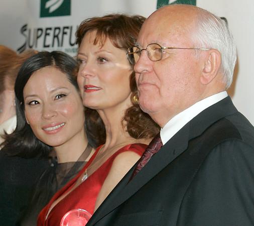 14 Oct 2006 - New York, NY - Lucy Liu, Susan Sarandon, and Mikhail Gorbachev at The 2006 Women's World Awards - Red Carpet.  Photo Credit Jackson Lee/Splash