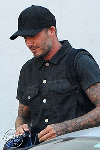 EXCLUSIVE: Say Cheese! A Greying David Beckham Gets Caught In A Photo Shoot With Nail Salon Workers, LA
