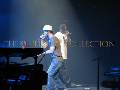 Justin Timberlake and 50 cent rock the house