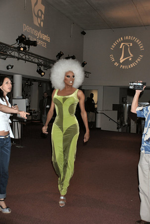 "RuPaul arrives at the 13th Annual Philadelphia GLBT Film Festival to promote her new movie ""Starbooty""<br /> (photo 1)"