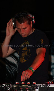 Shepard Fairey, aka: DJ Diabetic, performs at a Sea Shepherd fund raiser in Riverside, CA. © Erin Suggett Photography.  All Rights Reserved.