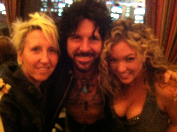 Tracii Guns - Guns and Roses - Backstage - Las Vegas - 2013
