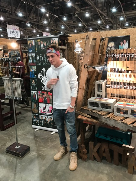 WWDMAGIC - Celebrity Visit - Reality Star James Kennedy - Vanderpump Rules - Las Vegas - 2017