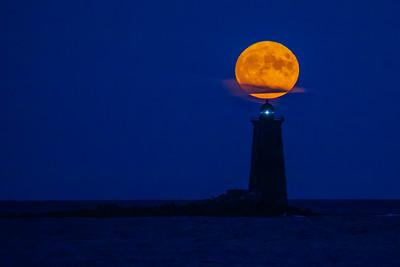 Corn moon over Whaleback