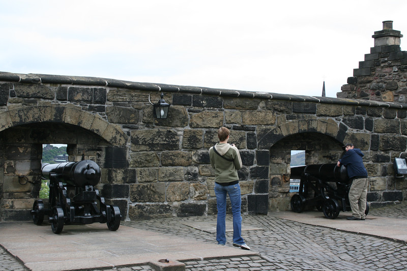 """Forewall Battery - 1540"" - Rebuilt by King James V on the line of the Medieval Defences the guns were made about 1810."