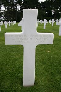 """HERE RESTS IN HONORED GLORY A COMRADE IN ARMS KNOWN BUT TO GOD"""