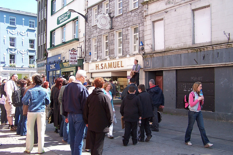 Galway street singer