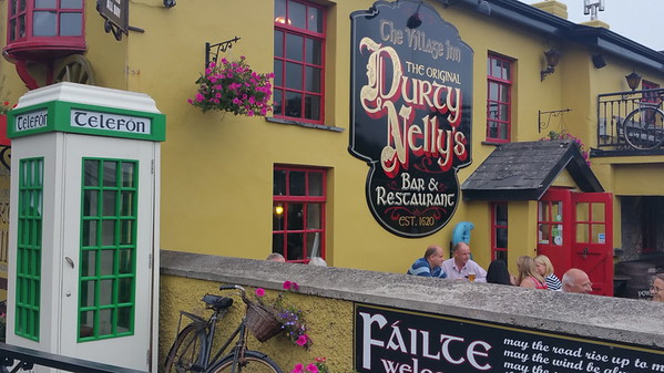 Durty Nelly's - a must visit in Bunratty.