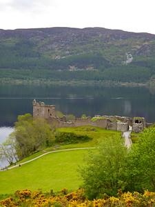Urquhart Castle & Loch Ness
