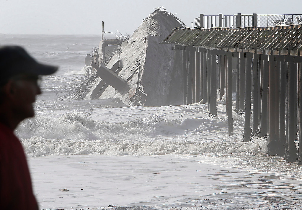 . The stern of the SS Palo Alto was broken from the rest of the cement ship at Rio Del Mar in Aptos on Saturday. (Kevin Johnson -- Santa Cruz Sentinel)