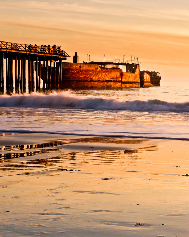 . Sunset over the Cement Ship at Seacliff State Beach in 2007. (Anthony L. Solis -- Santa Cruz Sentinel)