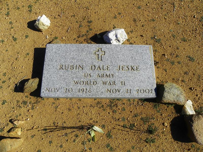 Rubin Dale Jeske headstone