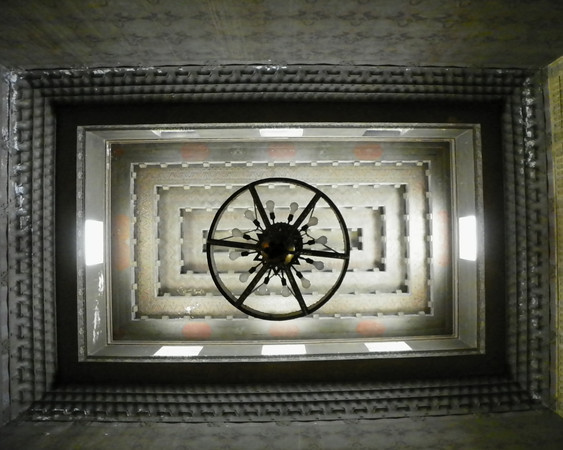 Angeles Mausoleum - Chapel ceiling