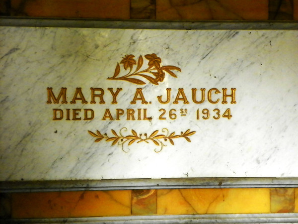 Mary Jauch, once wife of Dr. A.B. Hotchkiss<br /> Complete name history: <br /> Mary Mooney Hotchkiss Green Jauch<br /> Mary Hotchkiss Park in Santa Monica is named for her and is located where the Hotchkiss home used to be.