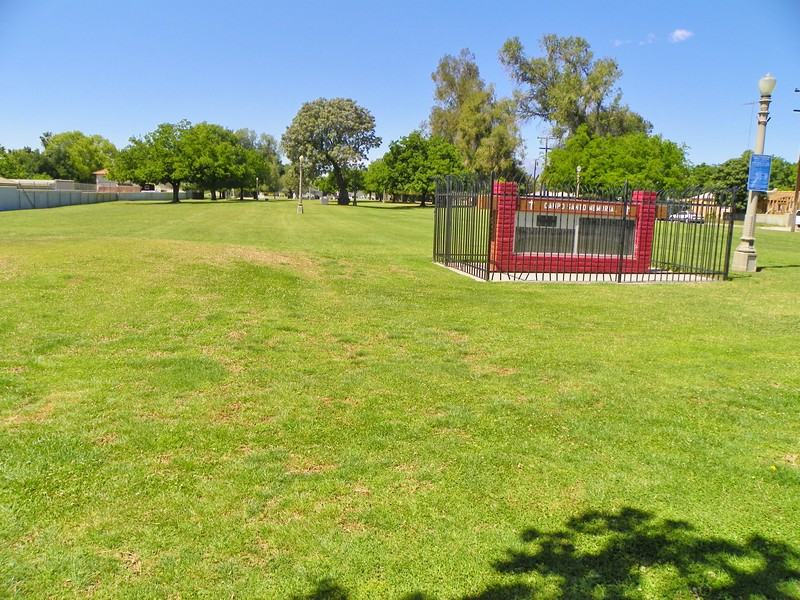 "If you were out looking for cemeteries, you would not even pause at this park in San Bernardino. Read here - <a href=""http://www.pe.com/articles/cemetery-661140-catholic-san.html"">http://www.pe.com/articles/cemetery-661140-catholic-san.html</a>"