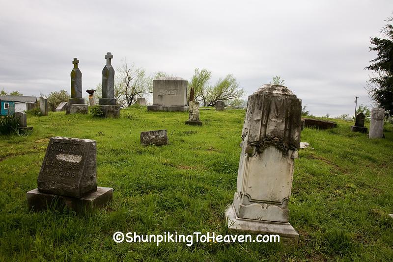 Cemetery at Red Oak II, Jasper County, Missouri