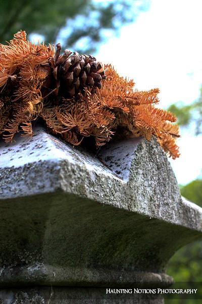 Wreathed (Rockford Cemetery, Rockford MI)