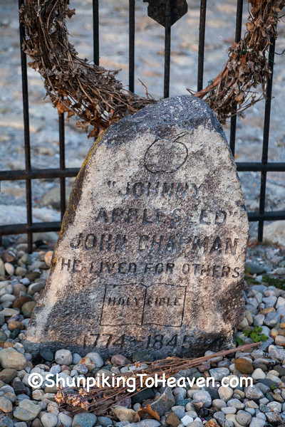Johnny Appleseed's Grave, Fort Wayne, Indiana