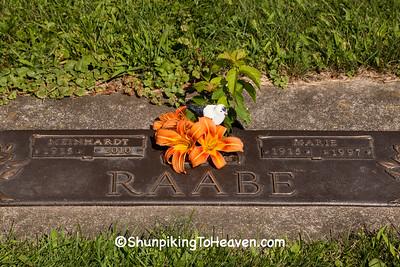 Grave of Meinhardt Raabe, Jefferson County, Wisconsin