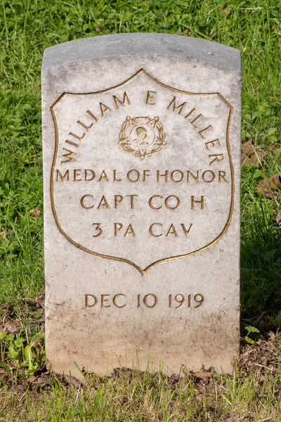 Hero's Grave & Memorial