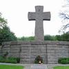 Mass grave monument