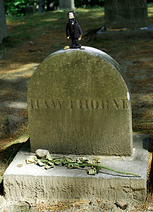 Gravestone of Nathaniel Hawthorne