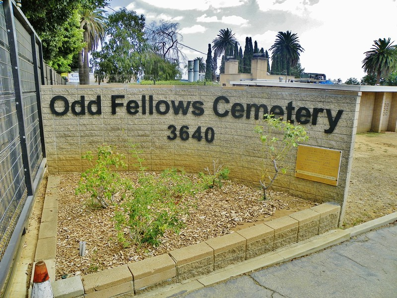 "The original parent organization can properly be referred to as either ""Odd Fellows"" or ""Oddfellows"" or ""IOOF"" (Independent Order of Odd Fellows) - <a href=""http://www.ioof.org/"">http://www.ioof.org/</a>"