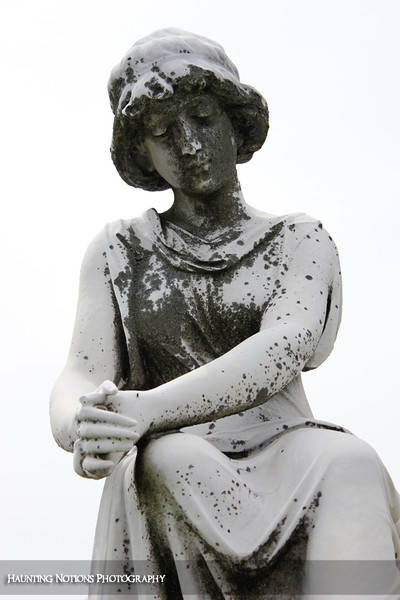 Sitting Pretty (Calvary Cemetery, Milwaukee WI)
