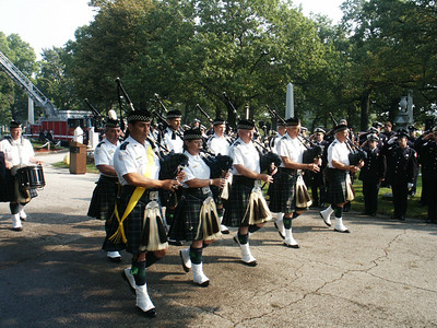 The Pipes and Drums of the Emerald Society