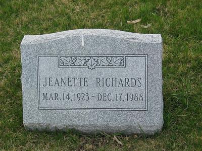 Jeanette Richards