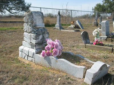 Baby grave