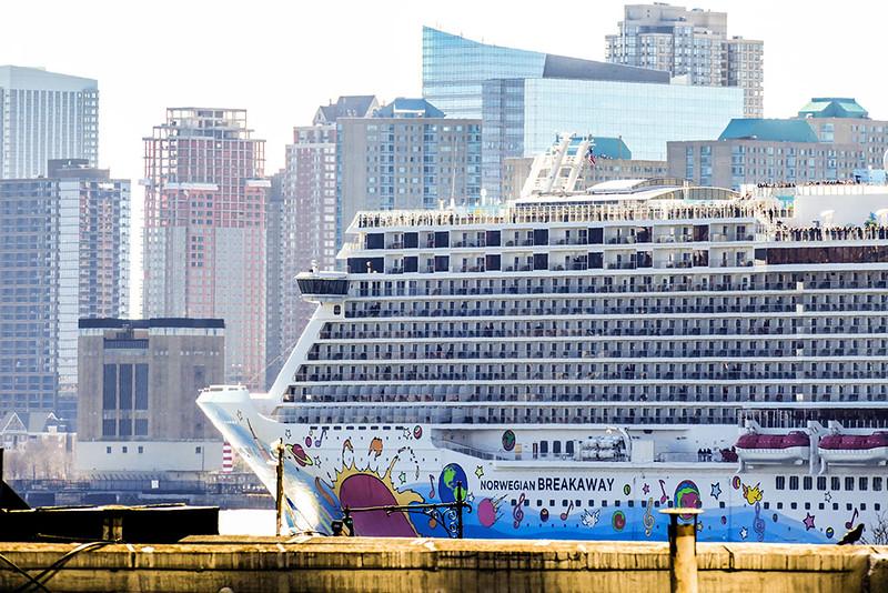 Navio no Rio Hudson