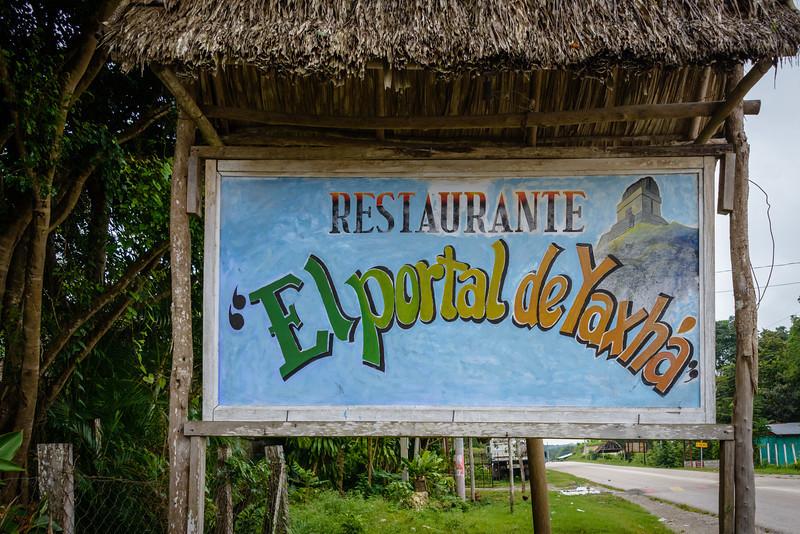 Restaurante Elportal de Yaxha - Guatemala
