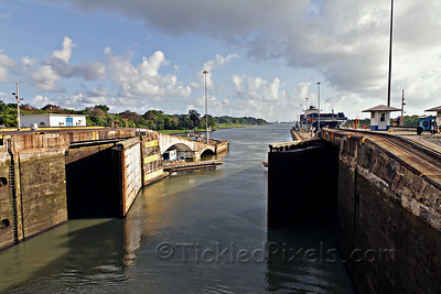 Gates of the Gatun Locks Closing